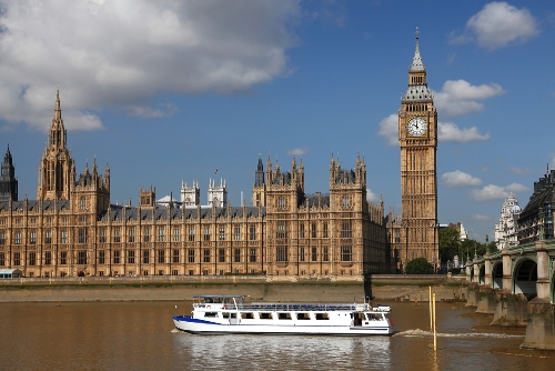 London, Cr-europecharm.com