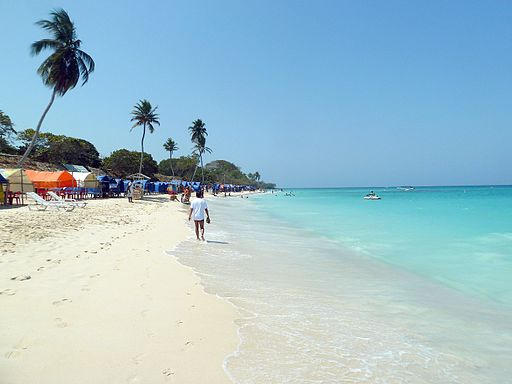 playa_blanca_beach_cartagena_colombia