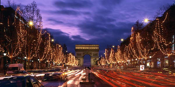 Champs Elysees, Credit-hooplaha.com