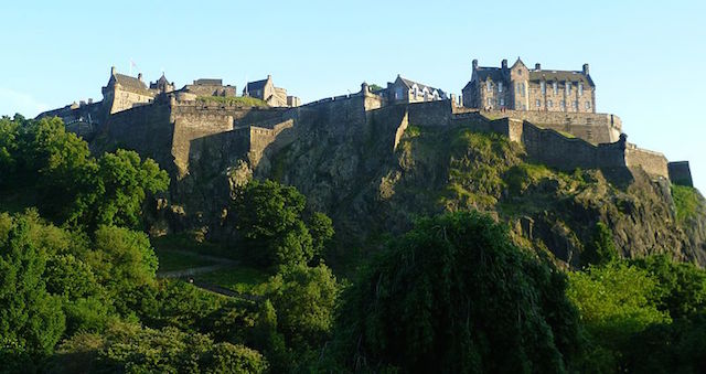 Edinburgh Castle, Credit-Wikipedia CC