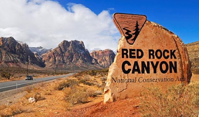 Red Rock canyon, credit Wikipedia