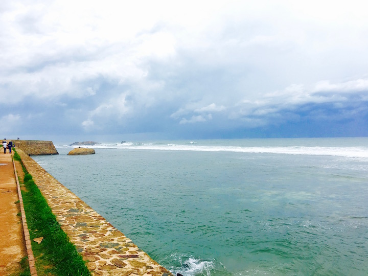 walk along the fort with beautiful views