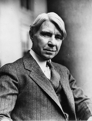 historian-folklorist Carl Sandburg (1878 - 1967)