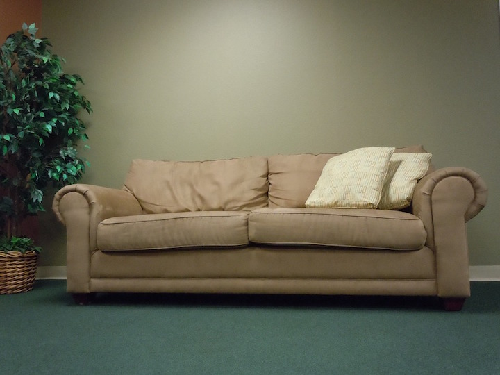 couch-377975_960_720
