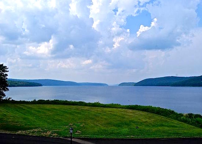 Quabbin reservoir, Credit-hubpics.com