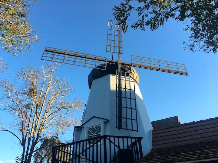 windmills-solvang